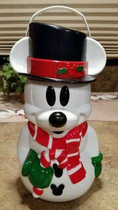 Disney Parks Snowman Mickey Souvenir Popcorn Bucket.