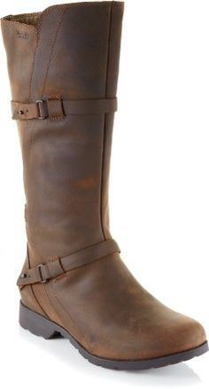 Teva De La Vina Boots - Women\'s waterproof winter boots don't have to be ugly after all!