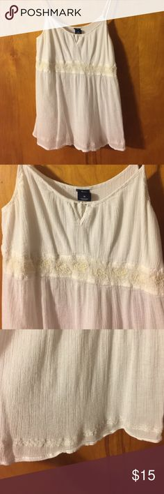 Gap flowy too Excellent used condition flowy top. Nonsmoking home. GAP Tops