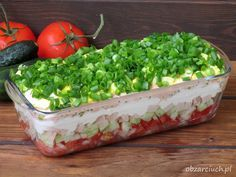 Sałatka bankietowa My Favorite Food, Favorite Recipes, Cold Dishes, Party Food And Drinks, Polish Recipes, Chia Pudding, Coleslaw, Salad Recipes, Side Dishes