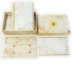 フラットBOXカードセット フローラル アイボリー16枚セット [Punch Studio]パンチスタジオ グリーティングカード・サンキューカード ■封筒サイズ:10.7x15.5cm  ■生産:中国 ■セット内容:模様付カード16枚+封筒16枚 ハードBOXサイズ:17.2x11.8x5.2(高さ)cm  アメリカのパンチスタジオの素敵なカード。 中柄もとっても素敵な封筒付きです。 多色使いカードは眺めているだけでも幸せ♪ 年齢を問わず人気です。 華やかさのあるステーショナリーはプレゼントでよく選ばれています。 ギフトカードとしてプレゼントにプラスすれば華やかさもアップ!