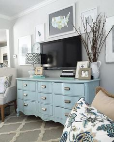 Pair a cabinet (in Bird's Egg 2051-60) with gray décor for a winter-inspired #livingroom (via @craftyteacherlady) #designinspiration #interiordesign #homedesign #instadesign #paint
