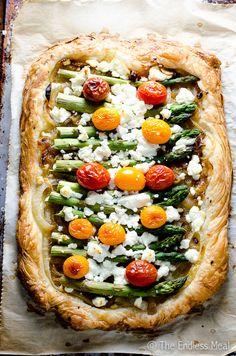 Savory tart with asparagus