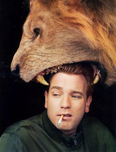 Ewan, get that lion off your head right now!