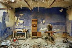 Re-reading ruins - Photo-essays - Domus