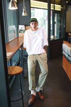 Aesthetic Fashion, Look Fashion, Mens Fashion, Fashion Outfits, Outfits Hombre, Look Man, Korean Street Fashion, Korean Men, Men Looks