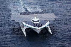 1ª volta ao mundo em barco solar