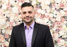 On Friday, September Michael Costello debuted his Spring / Summer 2018 collection during a presentation at Robert Miller Gallery. Michael Costello, Best Blogs, Spring Summer 2018, Flower Wall, Behind The Scenes, Around The Worlds, Walls, Collection, York