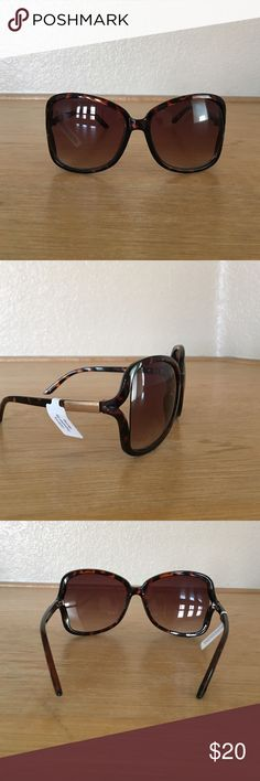 Juicy Couture women's sunglasses Juicy Couture women's sunglasses. Tortoise shell color. Never worn. Juicy Couture Accessories Sunglasses