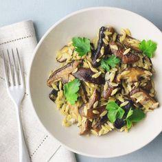 Portobello mushrooms boldly take the spotlight in a light, creamy garlic and thyme sauce including orzo. Stuffed Portabello Mushrooms, Creamed Mushrooms, Mushroom Sauce, Mushroom Recipes, Speedy Recipes, Small Pasta, Vegetarian Entrees, Latest Recipe