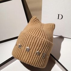 Tan Guys, Knit Beanie Hat, Korean Street Fashion, Young Fashion, Gifts For Teens, Hats For Men, Caps Hats, Fashion Accessories, Circular Needles