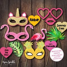58 ideas birthday invitations photo booths for 2019 Flamingo Party, Flamingo Birthday, Flamingo Pool, Flamingo Costume, Pool Party Invitations, Birthday Invitations, Shower Invitation, Luau Party, Beach Party