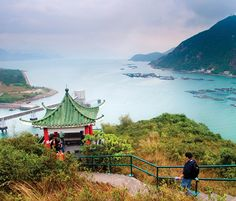 Lamma Island (photo by Andy Enero)