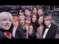 Bts Group Photos, Blackpink Photos, Pretty Backgrounds For Iphone, Kpop Couples, Bts Aesthetic Pictures, Concord Music, Twitter Bts, Blackpink Fashion, Blackpink And Bts