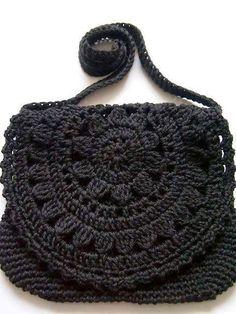 bolsa preta pequena