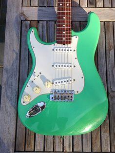 283e2faec16d 180 Best Left handed guitars images