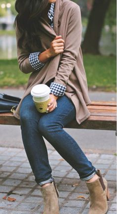 Dear StitchFix, here's another good example of my style. Long cardigan, ankle boots, jeans, you get the idea.