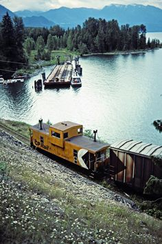 Caboose (or van) of a northbound Canadian Pacific Railway freight train at Slocan Lake in Rosebery, British Columbia, on July Photograph by John F. Bjorklund, © Center for Railroad Photography and Art. Canadian National Railway, Canadian Pacific Railway, Work Train, Train Art, Old Steam Train, Railroad Companies, Railroad Photography, Rail Car, Old Trains