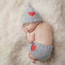Buy Newborn Baby Boys Girls Love Heart Hat Pants Set Clothes Costume Crochet Knitted Handmade Photography Prop Outfits at Wish - Shopping Made Fun Baby Kostüm, Baby Girl Newborn, Baby Girls, Newborn Crochet, Crochet Baby, Knitted Baby, Knit Crochet, Newborn Photo Props, Newborn Photos