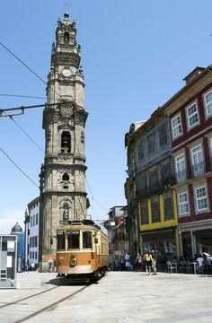 Porto: City Guide of Must See Spot Visit Portugal, Spain And Portugal, Portugal Travel, Yogyakarta, Beautiful Buildings, Beautiful Places, Places Around The World, Around The Worlds, Porto City