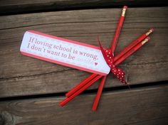 """""""If Lovin' School is wrong... I don't want to be write"""" Valentine Party Favor"""