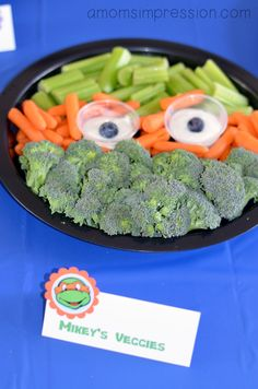 ninja turtle food | Of course any TMNT Party has to have pizza, but I needed some sides ...