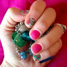 Combine Siesta with Kiss Me Ombre for nails that get noticed! Jamberry Nail Wraps last 2 weeks and look incredible!