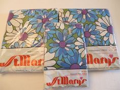 vintage 1970's retro St.Mary's No iron muslin mod blue purple daisy flower power full bed sheets and pillow cases on Etsy, $45.00