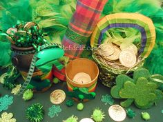 Quick & Easy Metal Napkin Rings, Money Tree, + Rainbow & Shamrock Crafts for St. Patrick's Day Party Décor + linked to party décor article & free printable