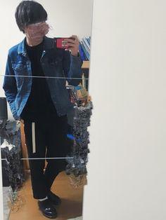 ユニクロのデニムジャケット。 セールで3000円で買った✌️ 安いのに着心地いい。。 よかったらいい