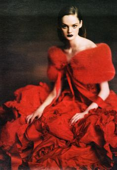 """""""Ladies in Waiting"""" by Paolo Roversi, W, October 2004"""