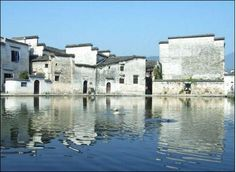 Everything in Anhui Province's Hongcun Village(安徽宏村) is connected with water. It has been carefully planned. The ancient architecture coexists in harmony with natural scenery. Water conservancy work is delicately designed.