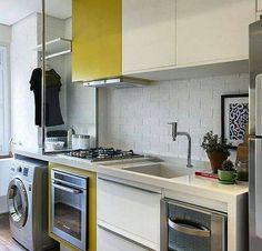 Mesmo com tamanho reduzido esta cozinha tem tudo a mão beleza com praticidade. @OlhardeMahel #cozinhaamericana #cozinha #kitchendesign #kitchendecor #OlhardeMahel #arquiteturadeinteriores #designdeinteriores #cozinhadecor #decoração #kitchen #fpolhares #decoradores #instagram #facebook #pinterest #decor #decorcozinha http://ift.tt/2dSEDgl