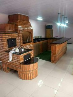 Rustic Kitchen Design, Outdoor Kitchen Design, Patio Design, House Design, Simple Outdoor Kitchen, Outdoor Kitchen Plans, Small Kitchen Makeovers, Bbq Places, Backyard Patio