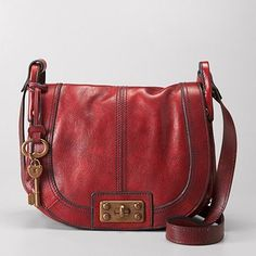 I adore Fossil. If ever I treat myself to a designer handbag, it will be one of theirs.