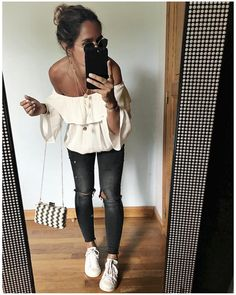 "6,941 Likes, 73 Comments - Audrey (@audreylombard) on Instagram: ""Tenue d'hier en entier! • Silk Top #floloveparis (on @floloveparis) • Jean #fivejeans…"""