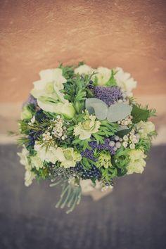 white blue rustic wedding flowers bouquet, image by Kari Bellamy http://karibellamy.com/
