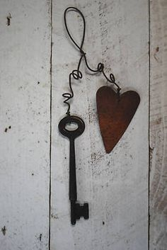 Primitive Rusty Metal Key w/ Rusty Heart Ornament