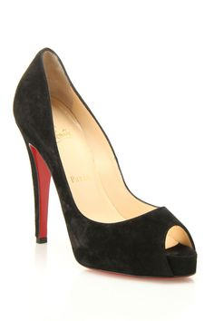 Christian Louboutin Very Prive Veau Velours Pumps In Black