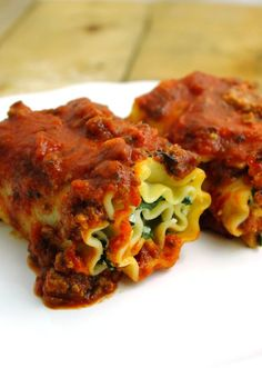 Lightened Up Spinach Lasagna Rolls with Meat Sauce