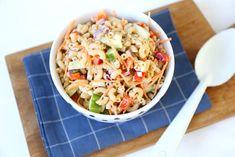 Macaroni salade - Lekker en Simpel Barbacoa, Homemade Caesar Salad Dressing, Easy Pasta Salad Recipe, Greek Salad Pasta, Macaroni Salad, Italian Recipes, A Food, Lunch, Ethnic Recipes