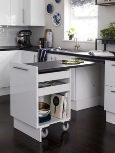 Don't feel limited by a small kitchen space. Get design inspiration from these c… Don't feel limited by a small kitchen space. Get design inspiration from these charming small kitchen designs. Diy Kitchen, Kitchen And Bath, Kitchen Decor, Kitchen Sinks, Kitchen Small, Small Kitchen Counters, Kitchen Countertops, Small Kitchen Designs, Kitchen Ideas For Small Spaces