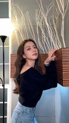 Kpop Girl Groups, Korean Girl Groups, Kpop Girls, Blackpink Jisoo, Kim Jennie, Blackpink Icons, Blackpink Members, Black Pink Kpop, Blackpink Photos