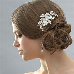 Floral pearl Wedding Comb