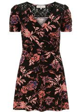 #Floral #dress available at Dorothy Perkins #VictoriaPlace #LondonVictoria #Shopping #Fashion #SS14