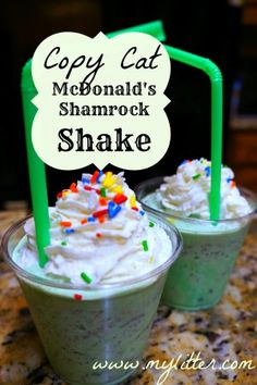 Copy Cat McDonald's Shamrock Shake Recipe!   2 cups vanilla ice cream 1 1/4 cups 2% low-fat milk 1/4 teaspoon mint extract 8 drops green food coloring