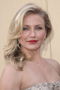 Top 10 Celebrity Blonde Hairstyles of 2010