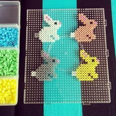 10 Easter Ideas with Hama Pearls (Brombleberries) 10 Easter Ideas with . - 10 Easter Ideas with Hama Beads (Brombleberries) 10 Easter Ideas with Hama Beads - Perler Bead Designs, Hama Beads Design, Diy Perler Beads, Perler Bead Art, Hama Perler, Pearler Bead Patterns, Perler Patterns, Loom Patterns, Quilt Patterns