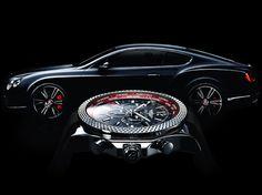 Signes particuliers de la montreBreitling Bentley GMT V8 :le réhaut mobile des 24 villes très élégant et aux couleurs de Bentley,un système d'affichage à fuseaux horaires multiples pour permettre une lecture optimum de tous les fuseaux horaires du globe. Chronomètre certifié COSC , étanche 100m ,cadran Royal Ebony… une vraie pièce collector. Son prix est de 8.760 €pour la version bracelet caoutchouc ou9.630 €pour la montre bracelet speed acier.