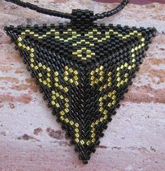 triangle peyote patterns